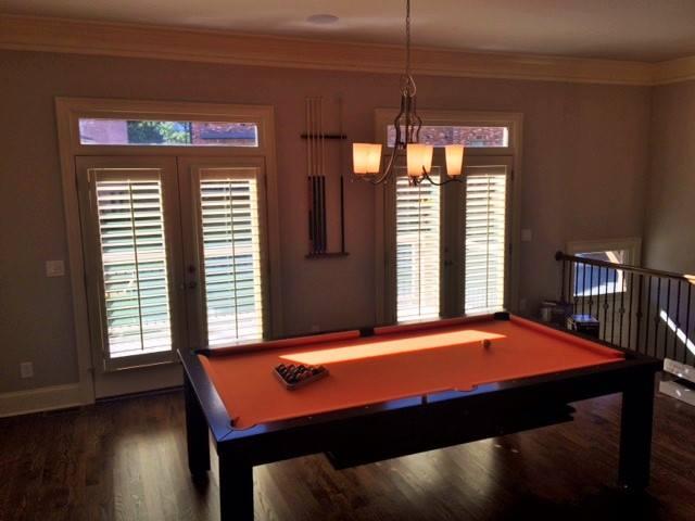 Elvis Dining Room Pool Table 3